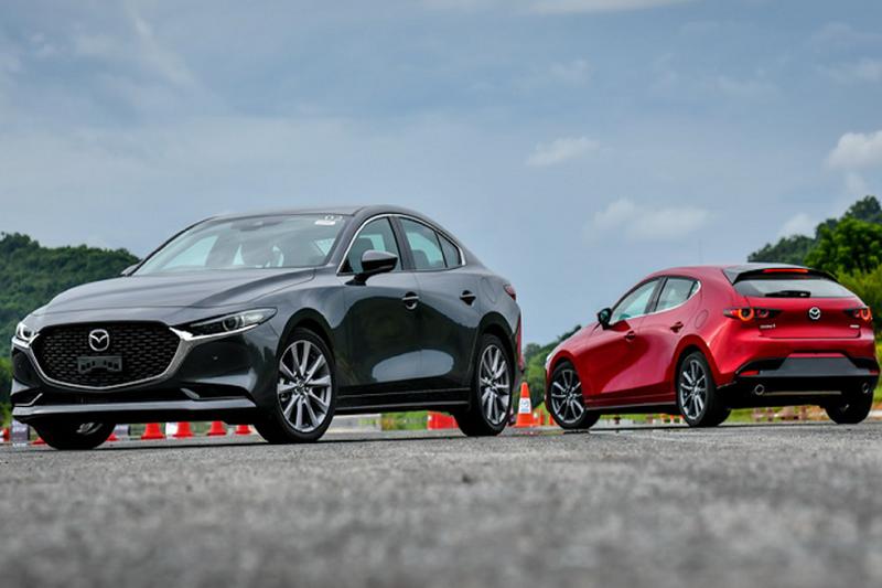 Toyota Corolla Altis và Mazda 3 phiên bản mới 2020 sẽ cập bến Việt Nam trong thời gian tới - 1
