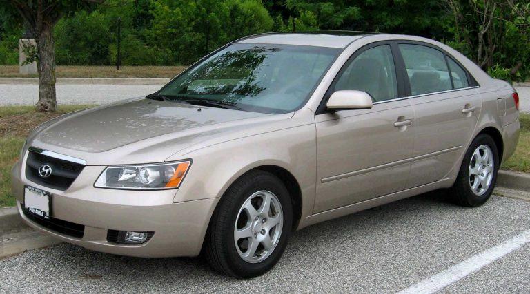 Mua xe ô tô cũ giá rẽ khoảng 200 triệu - 10