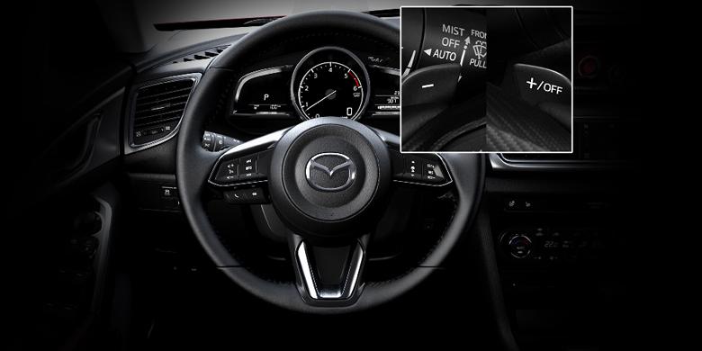 Mazda 3 2019 phần tay lái