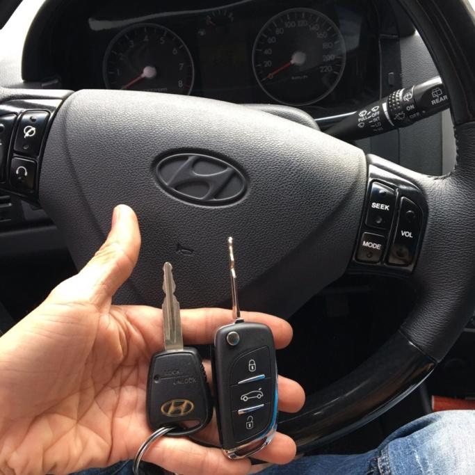 Cách nhận biết các nút điều khiển trên xe ô tô - 3