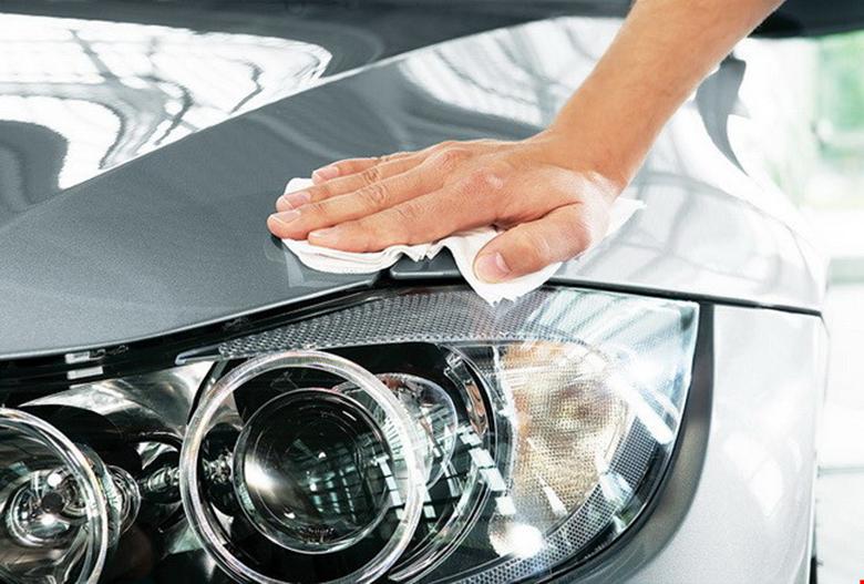 Cách xử lý đèn xe ô tô bị ố vàng - 5