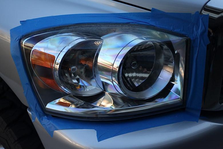 Cách xử lý đèn xe ô tô bị ố vàng - 3