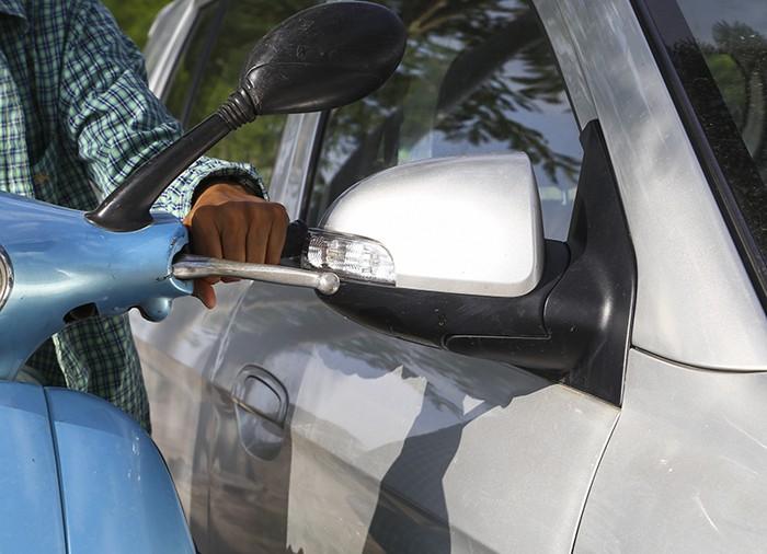 Cách xử lý xe bị trầy xước nhẹ và nặng một cách thông minh nhất - 5