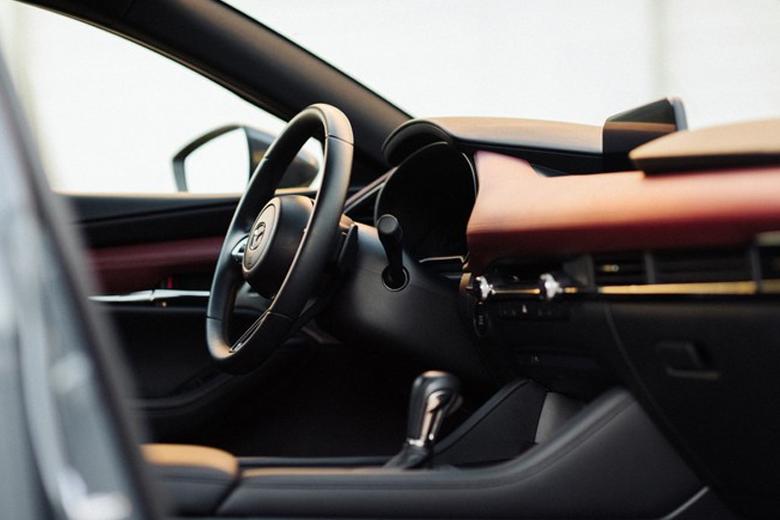 Mazda 3 2020: Đắt liệu có sắt ra miếng - 9