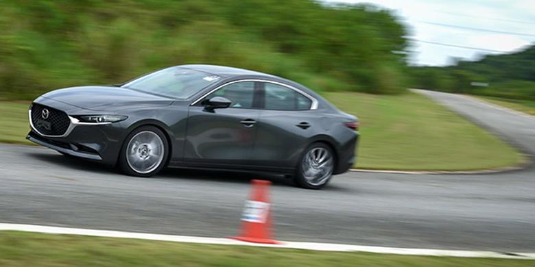 Mazda 3 2020: Đắt liệu có sắt ra miếng - 12