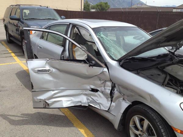 Cách chi trả bảo hiểm bắt buộc và bảo hiểm tự nguyện cho xe ô tô - 4