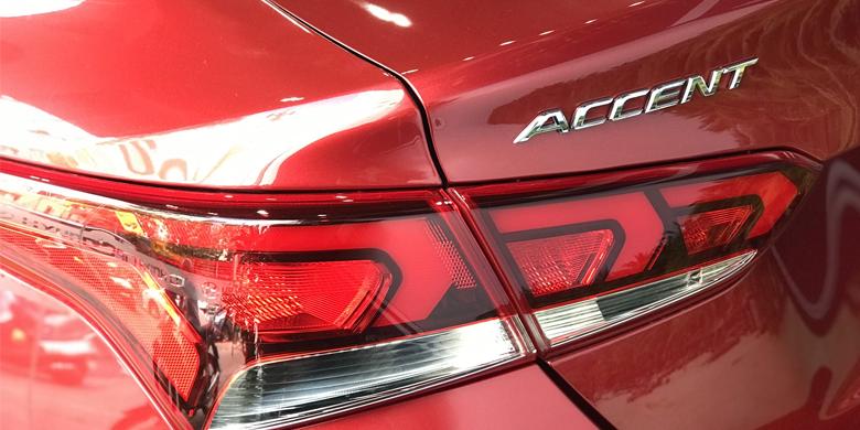 Hyundai Accent 2019 đèn xe