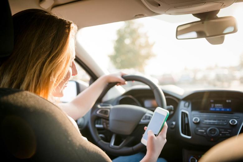 Những lưu ý cấm kỵ không nên làm khi lái ô tô - 7