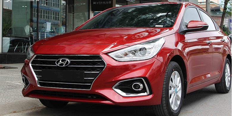 Hyundai Accent 2019 mặt trước xe