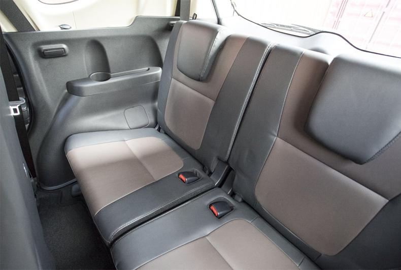 Mitsubishi Xpander Cross 2020: Đánh giá , giá lăn bánh và khuyến mãi 11/2020 - 8