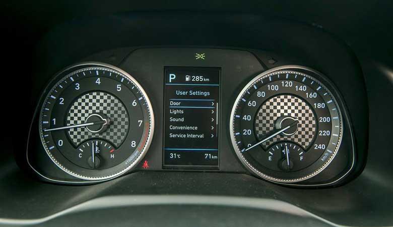 Đánh giá đồng hồ lái xe Hyundai Elantra 2020