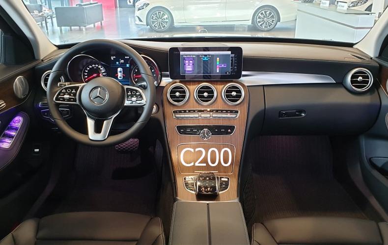 So sánh xe Mercedes-Benz C 180 2020 và C 200 Exclusive 2020: Giá lăn bánh và khuyến mãi tháng 7/2020 - 8