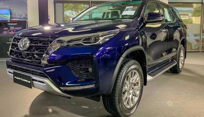 Đánh giá phần đầu xe Toyota Fortuner 2021