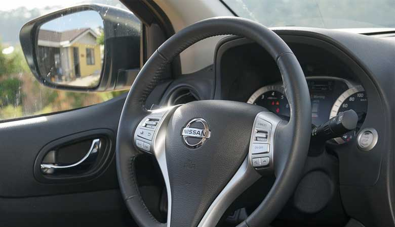 Đánh giá vô lăng xe Nissan Terra 2020