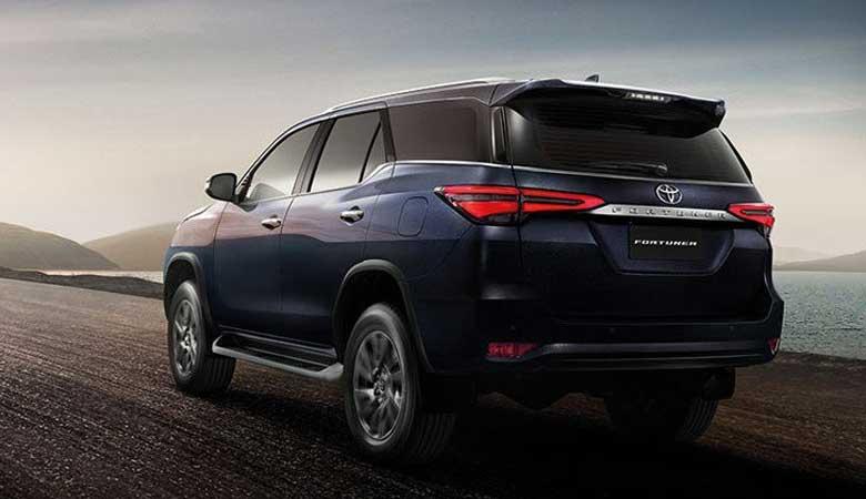 đánh giá cảm giác lái xe Toyota Fortuner 2021