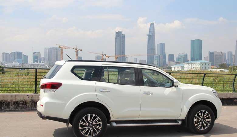 Đánh giá phần thân xe Nissan Terra 2020