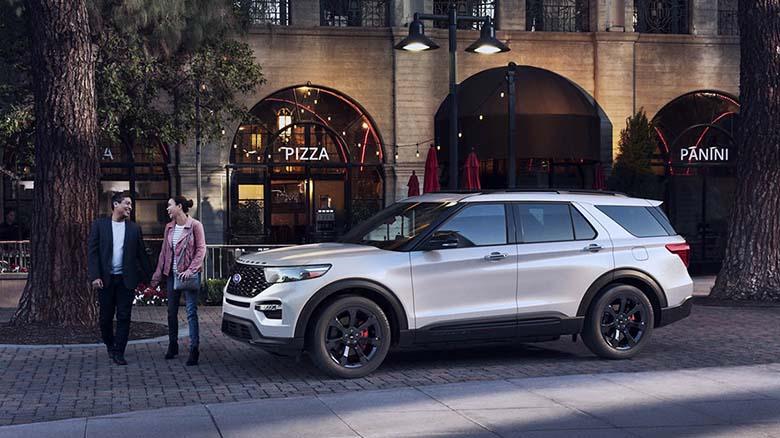 Đánh giá Ford Explorer 2020 thông số và giá bán tháng 7/2020 - 4