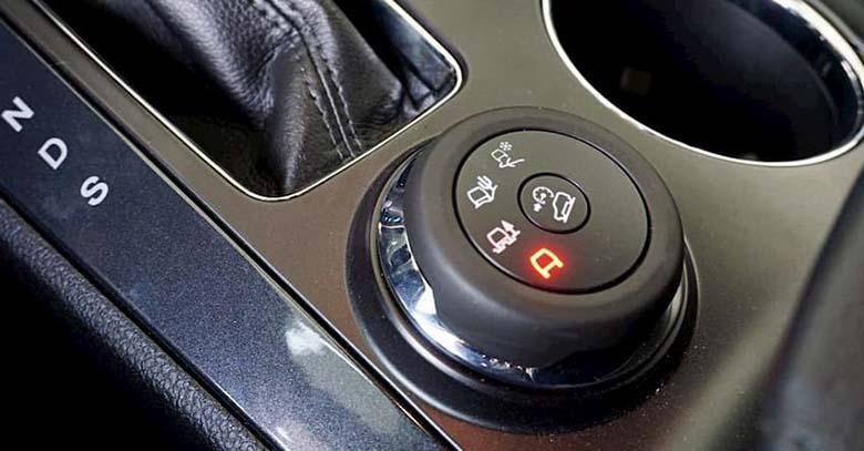 Đánh giá Ford Explorer 2020 thông số và giá bán tháng 7/2020 - 19