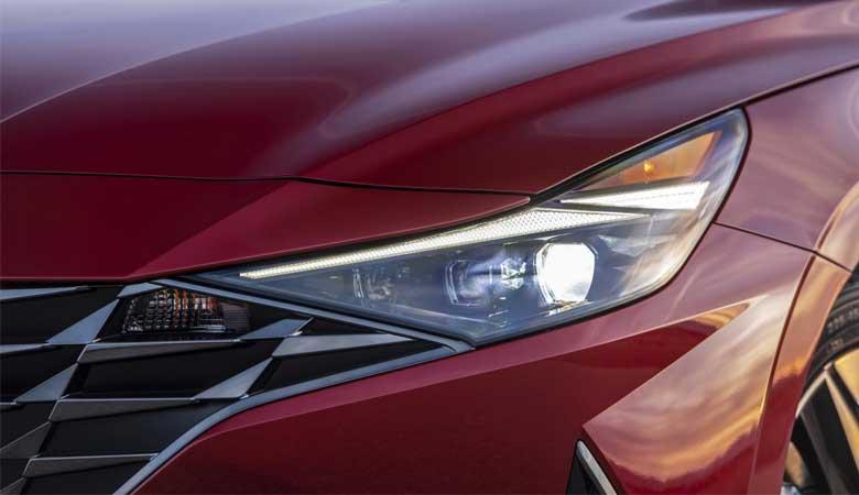 Đánh giá phần đầu xe Hyundai Elantra 2021