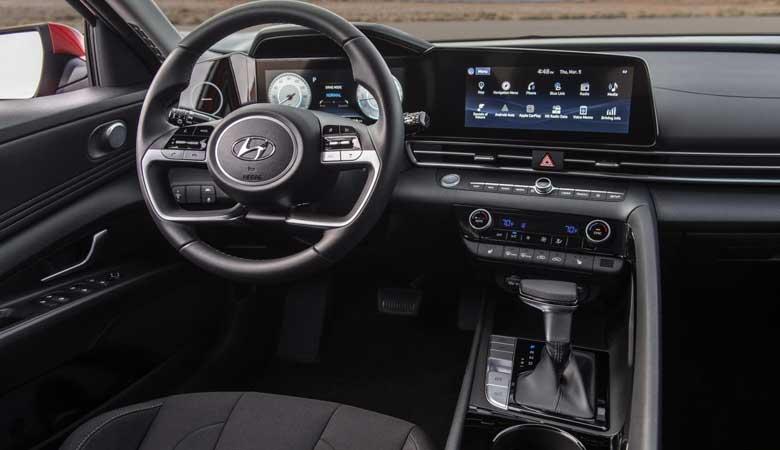 Đánh giá hệ thống giải trí xe Hyundai Elantra 2021