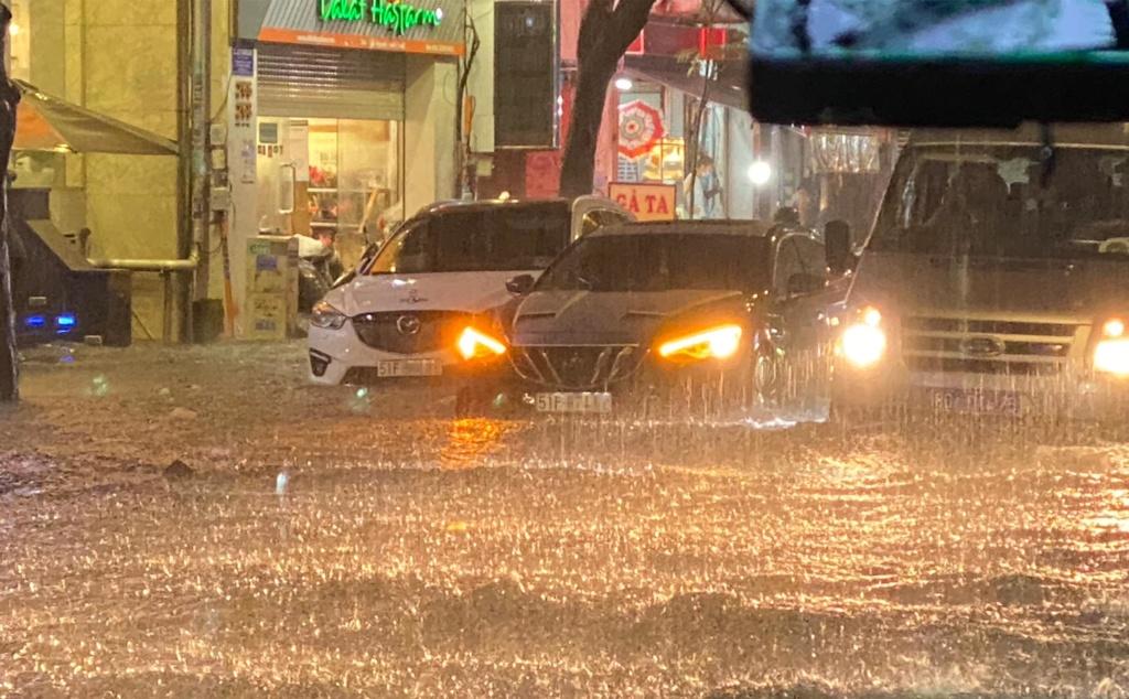 Đừng để xe ô tô bị ngập nước, thủy kích - 7