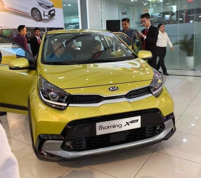 Kia Morning 2021 ra mắt phiên bản mới tại Việt Nam, giá 439 triệu đồng cạnh tranh VinFast Fadil, i10 - 2