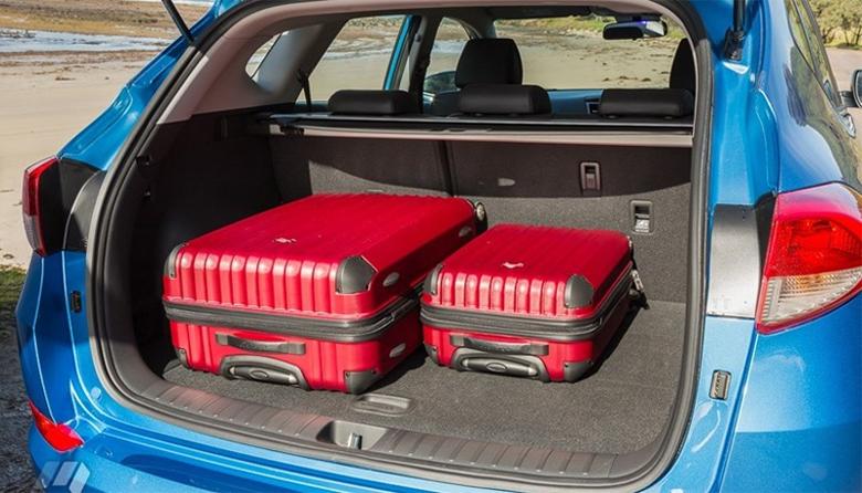 Khoang hành lý Huyndai Tucson