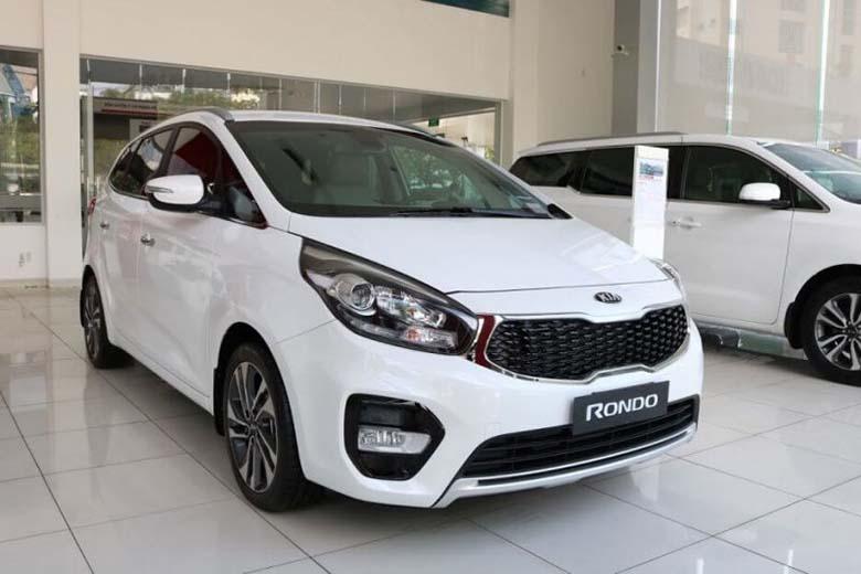 Kia Rondo 2021: MPV Crossover 7 chỗ giá rẻ - 2