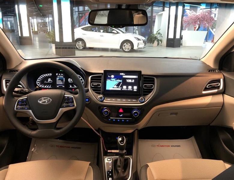 Bảng taplo Hyundai Accent 2021 mới