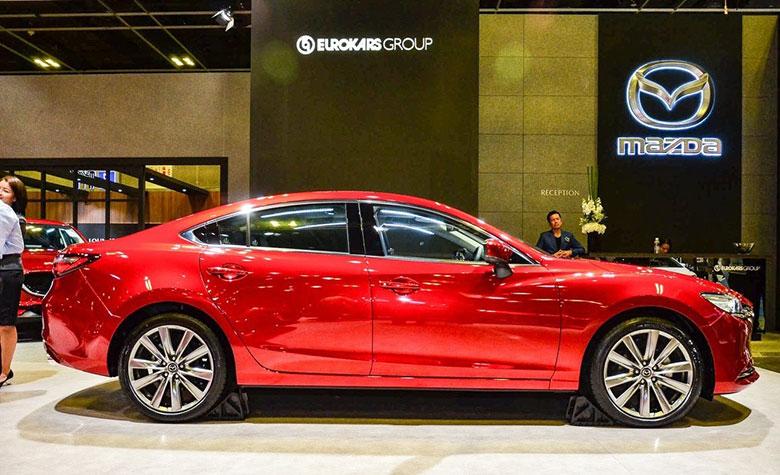 So sánh Mazda 6 2020 và Toyota Camry 2020 - 4