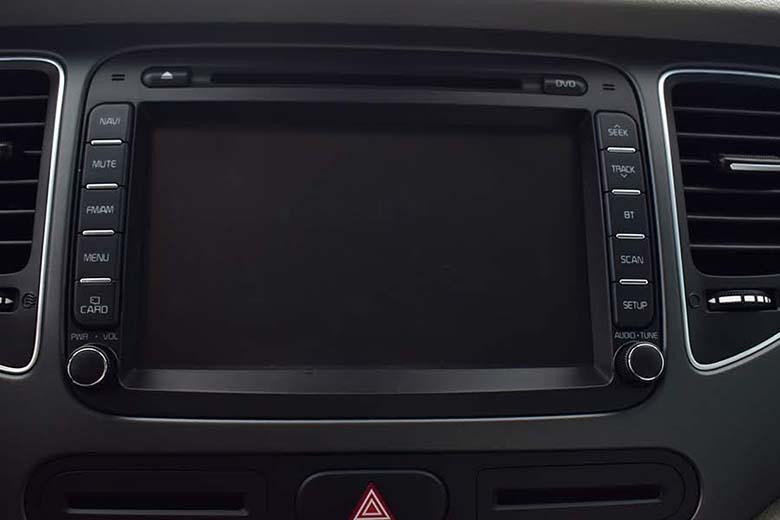 Kia Rondo 2021: MPV Crossover 7 chỗ giá rẻ - 13