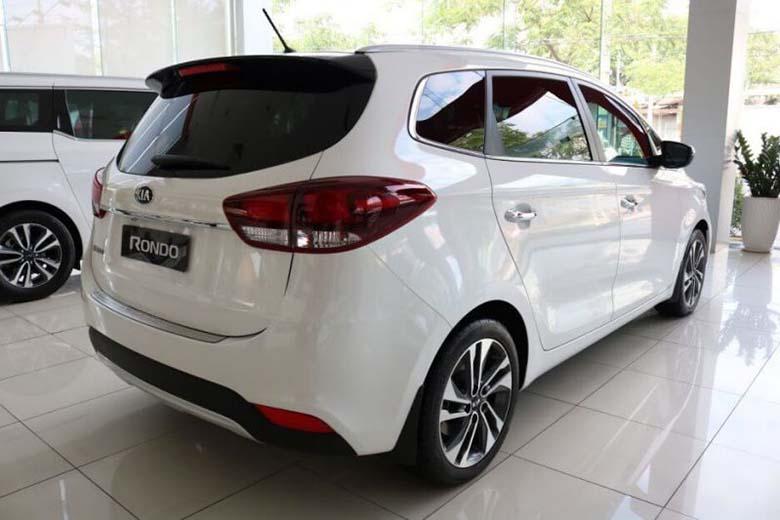 Kia Rondo 2021: MPV Crossover 7 chỗ giá rẻ - 20