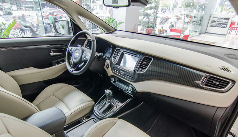 Kia Rondo 2021: MPV Crossover 7 chỗ giá rẻ - 9