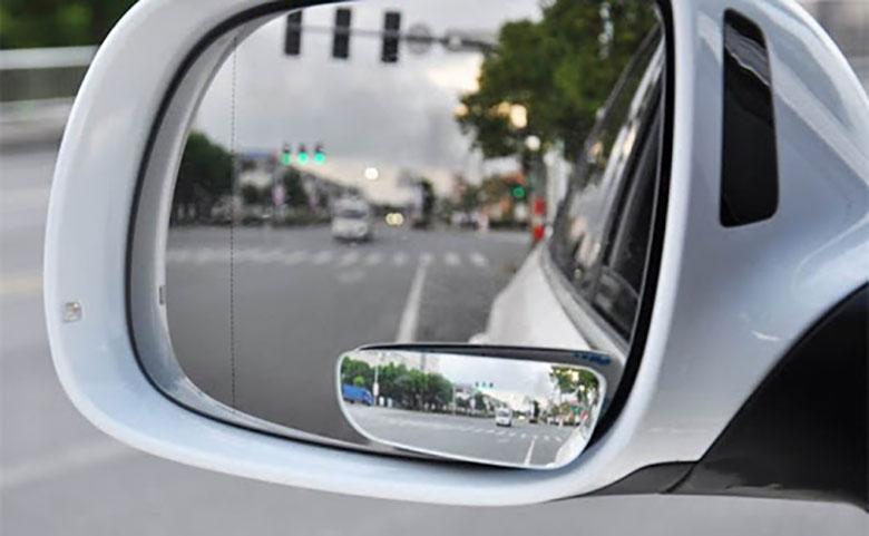 Lưu ý khi sử dụng gương cầu lồi xoá điểm mù trên xe ô tô - 8