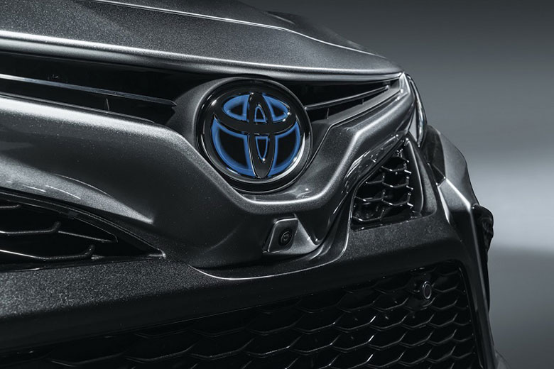 Đánh giá xe Toyota Camry 2021-7