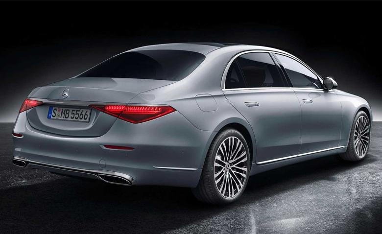 Tổng thể đuôi xe Mercedes-Benz S-Class 2021