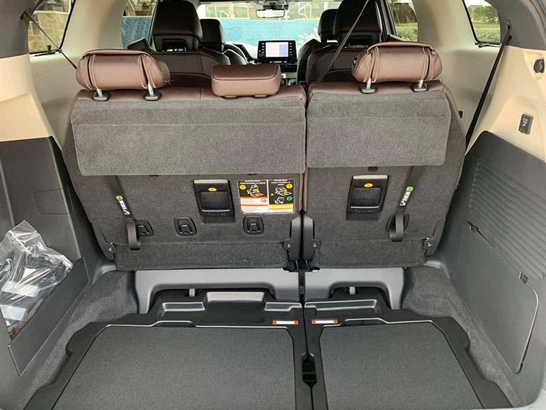 Toyota Sienna 2021: MPV cao cấp thế hệ mới giá bao nhiêu - 14