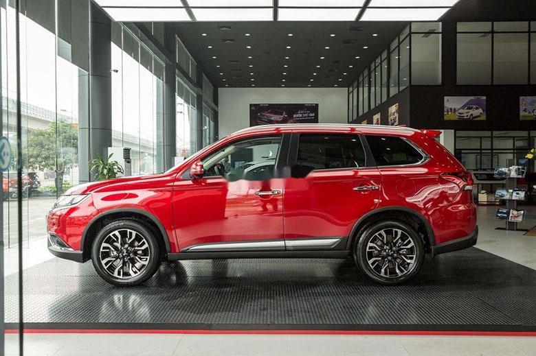 Ưu nhược điểm Mitsubishi Outlander 2020 kèm giá bán-2