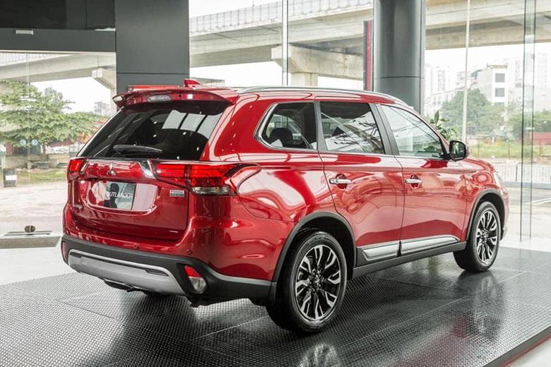Ưu nhược điểm Mitsubishi Outlander 2020 kèm giá bán-3