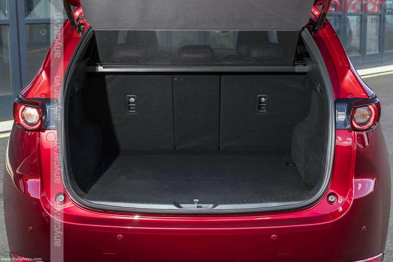 Khoang hành lý của Mazda CX5 có dung tích 505 lít
