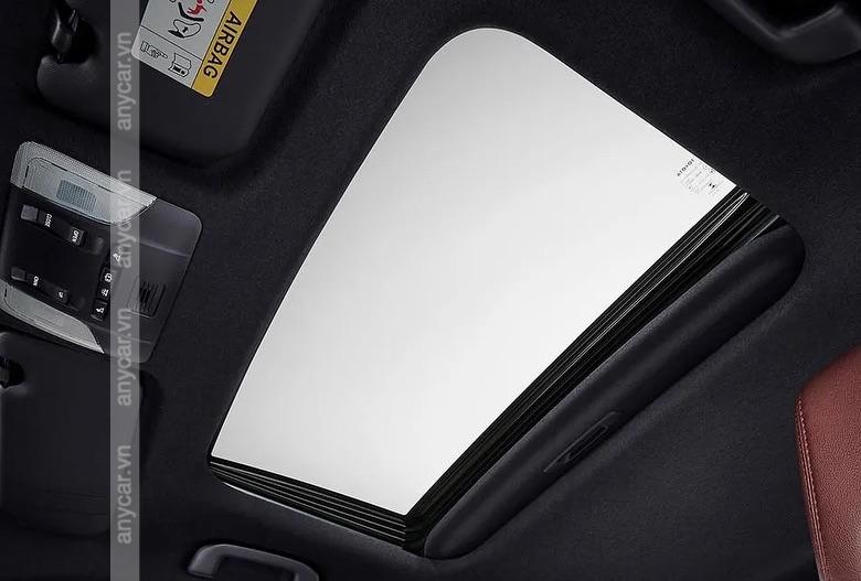 Cửa sổ trời được trang bị trên bản 1.8V và 1.8HV
