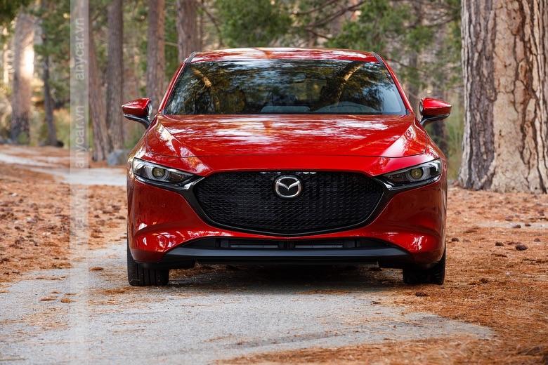 Đầu xe Mazda 3 Hatchback đề cao tính thể thao