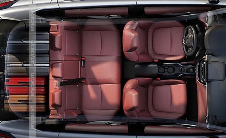 Khoang nội thất Toyota Cross 2021 rộng rãi và hiện đại