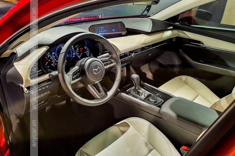Nhiều công nghệ hiện đại được trang ị trên Mazda 3 Sport