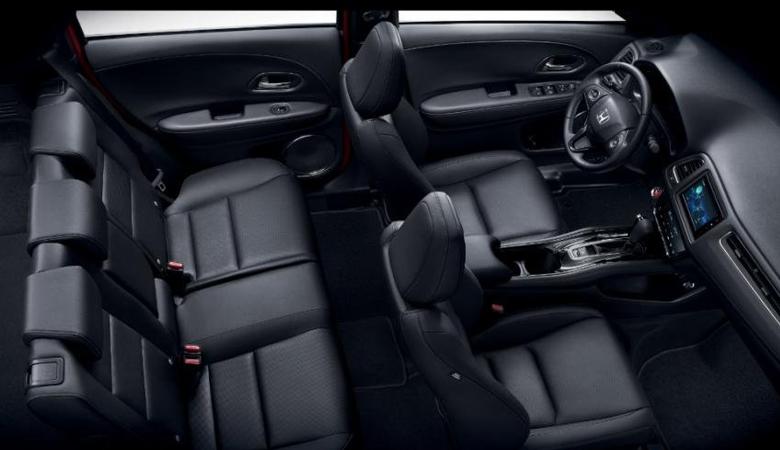 Tổng thể khoang cabin của Honda HR-V