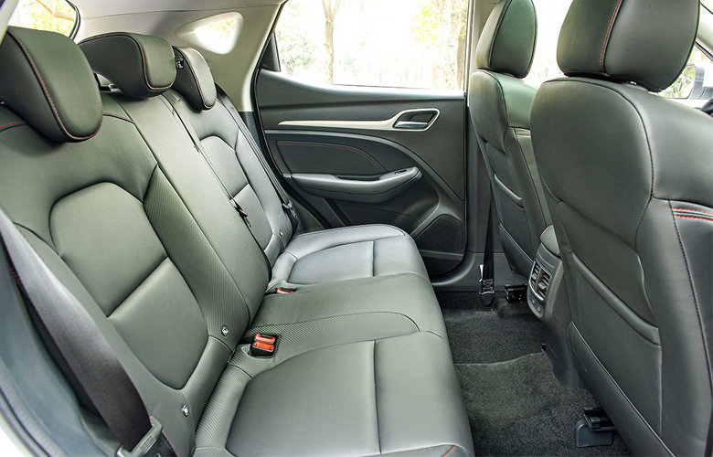 Hàng ghế hành khách rộng rãi, tiện nghi
