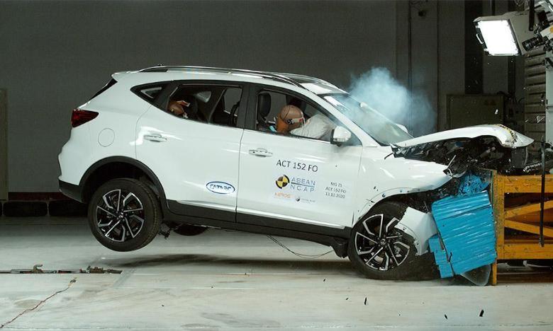 MG ZS 2021 kiểm tra độ an toàn của xe