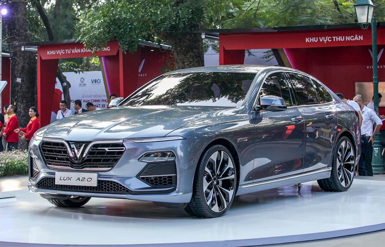 Vinfast Lux A2.0 (Sedan)