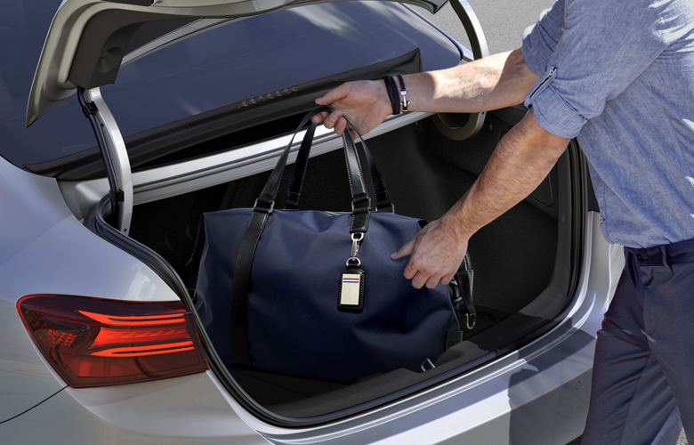 Khoang hành lý Kia K3 có dung tích 502L