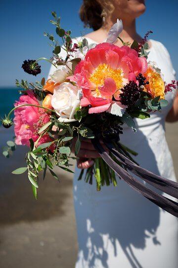 amanda zach bouquet flowers